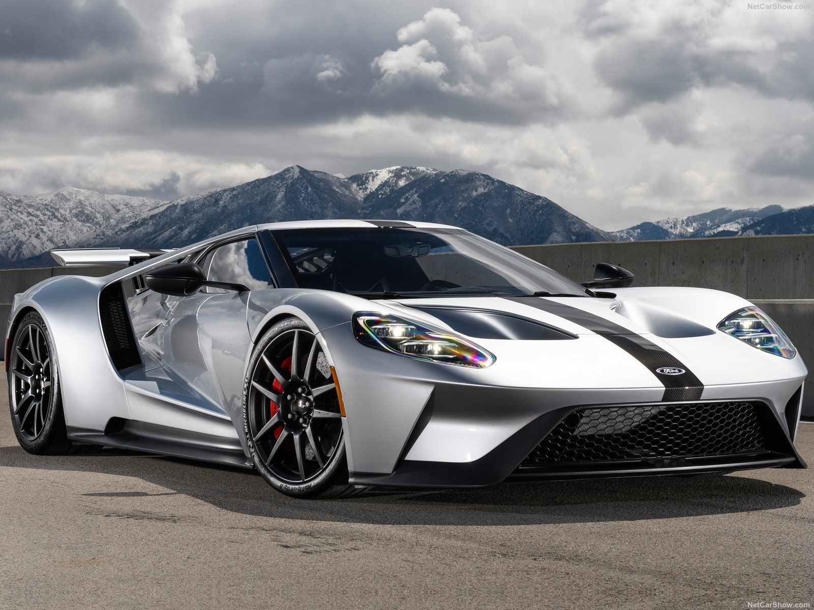 Best Supercars In 2020 In 2020 Ford Gt Ford Gt 2017 Super Cars
