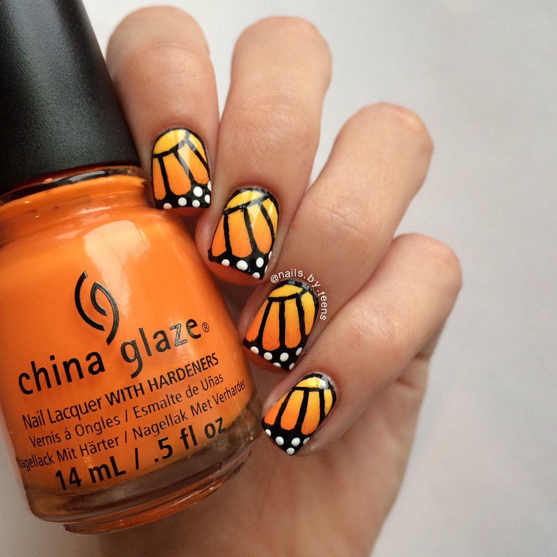 Monarch Butterfly Nails Michelle Nails Nails Butterfly Nail