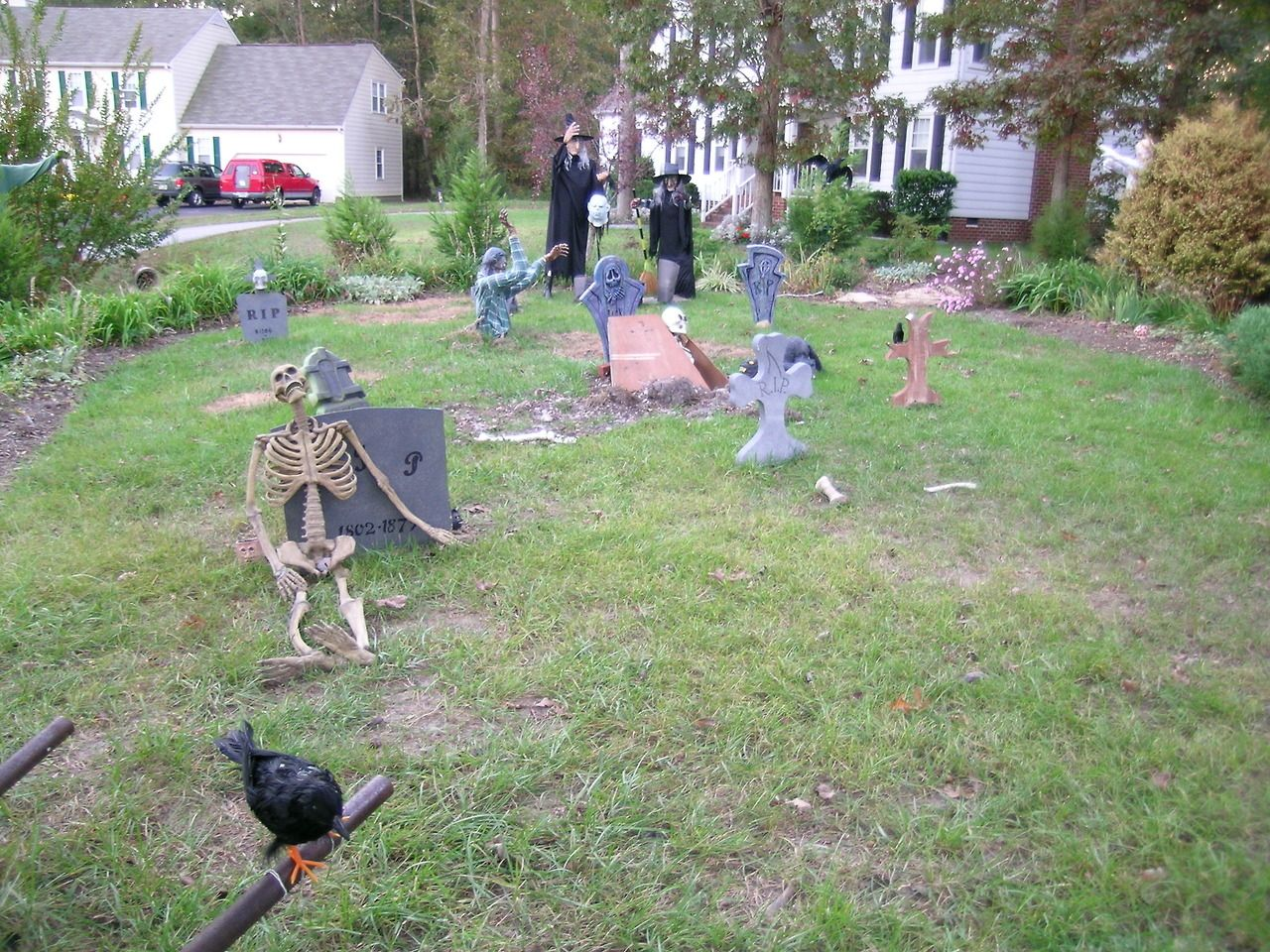 Graveyard witch skeleton halloween decorations halloween pictures ...