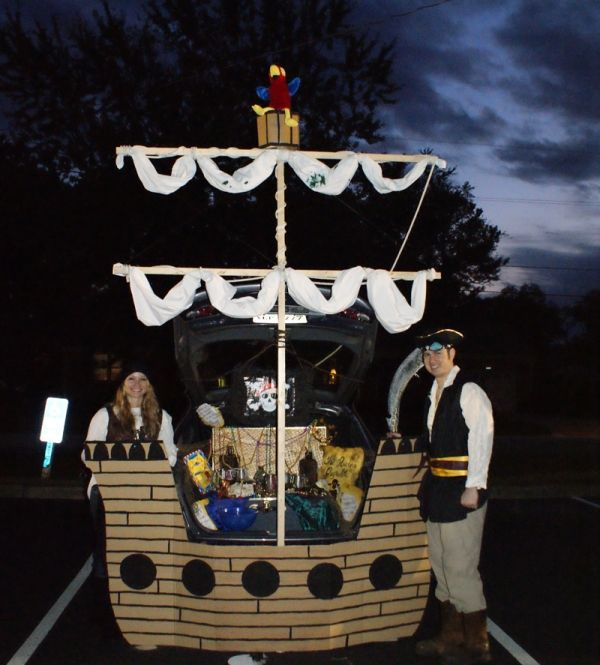 21clever Trunk Or Treat Decorating Ideas Trunk Or Treat Truck