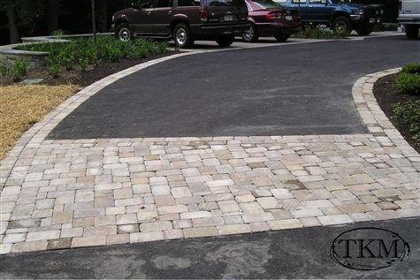 Paver Driveway Apron Driveway Apron Paver Driveway Driveway Landscaping