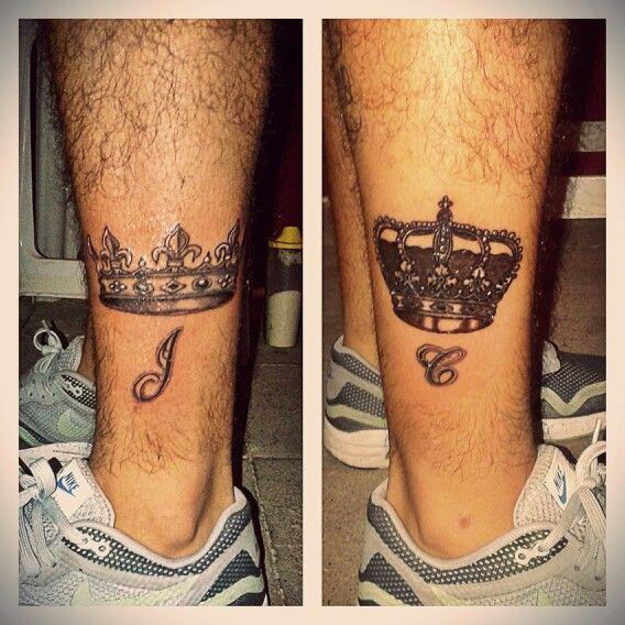 Tatuaje Corona De Rey Y Reina Con Iniciales Tattoos