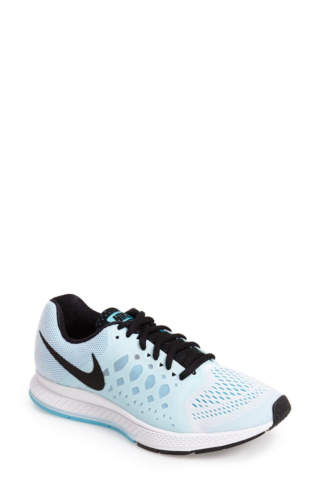 free shipping 7cfde a629e Can t wait to break these cute Nikes in on the next run.