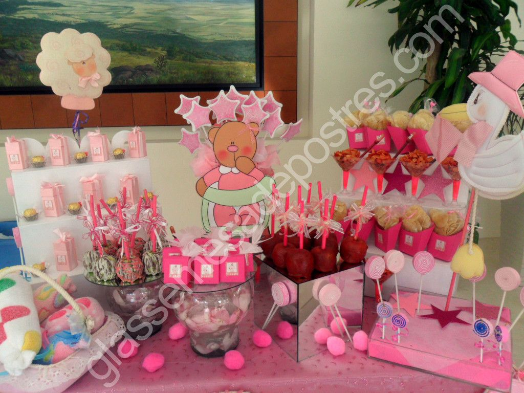 Mesa de postres baby shower ni a 05 proyectos que for Mesa dulce para baby shower