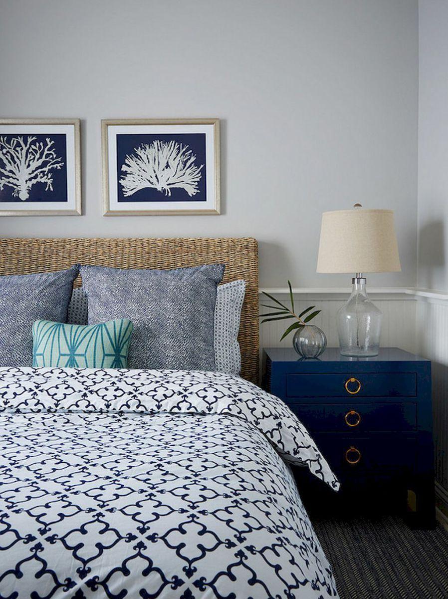 Romantic coastal bedroom decorating ideas (25)