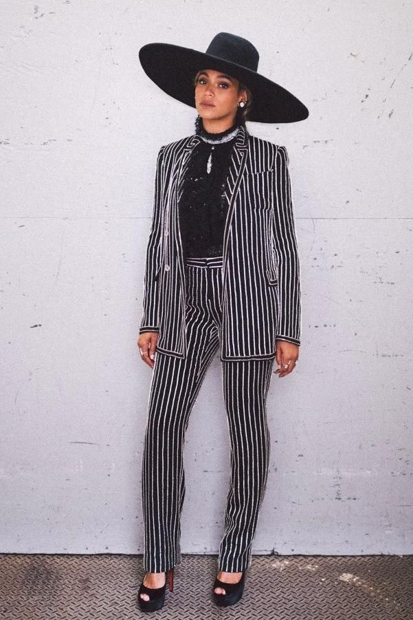 29b189e23b3 Beyonce Knowles wearing Givenchy Spring 2016 Menswear Blazer and Christian  Louboutin Marlenalta Platform Pumps