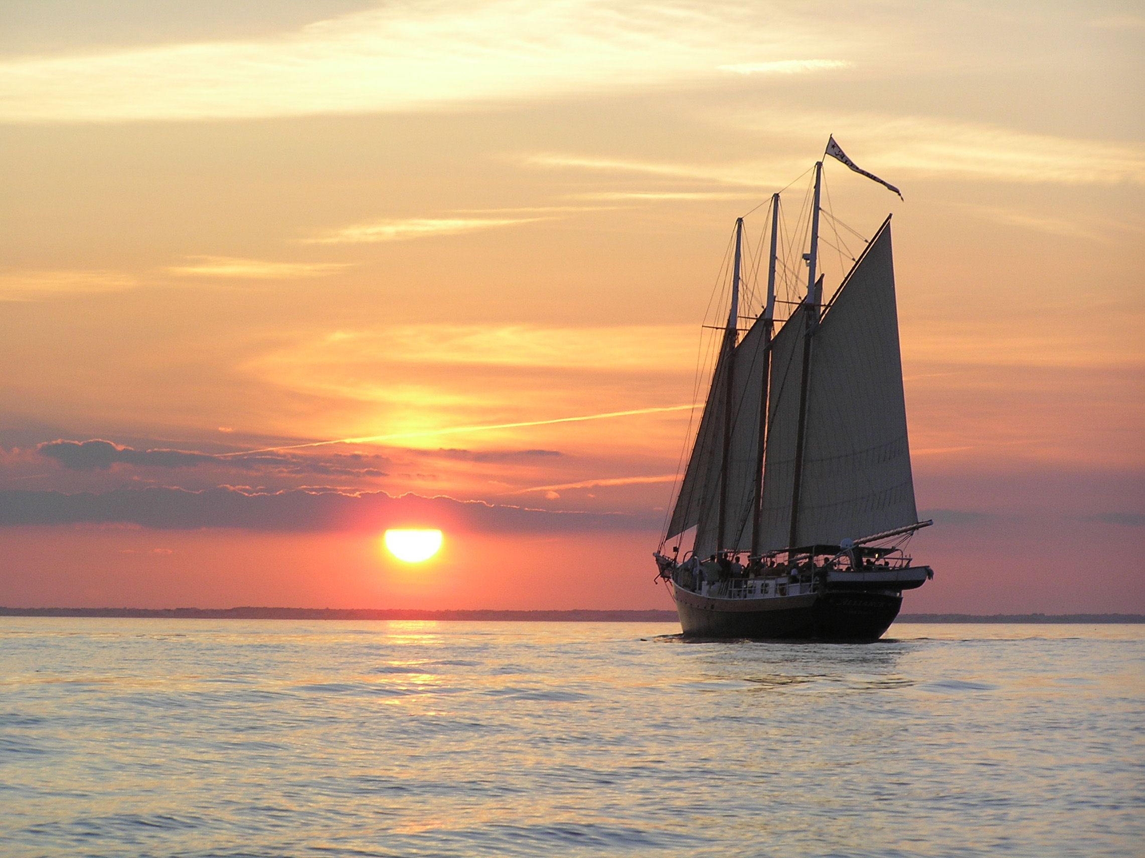 Sunset Sail Yorktown