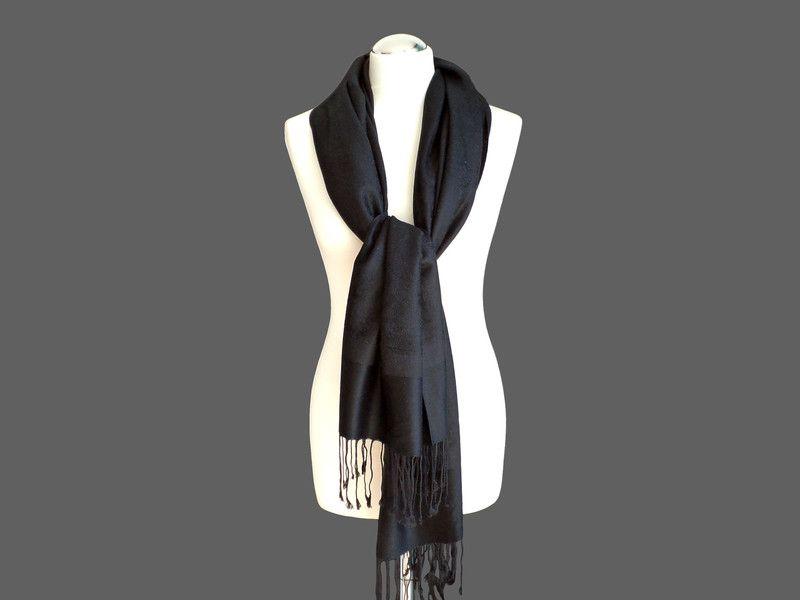 Schals - Schal, Kaschmirseide, schwarz - ein Designerstück von tiana-S bei DaWanda
