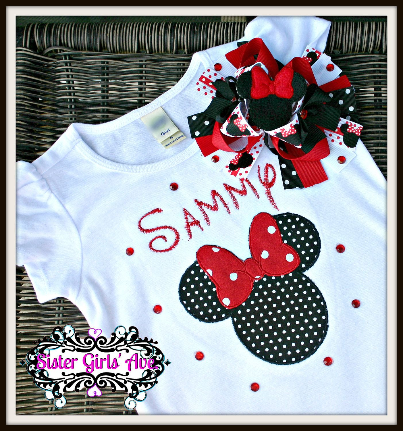 Mrs Mouse Shirt and Feltie Bow set with by SisterGirlsAvenue. $30.00, via Etsy.