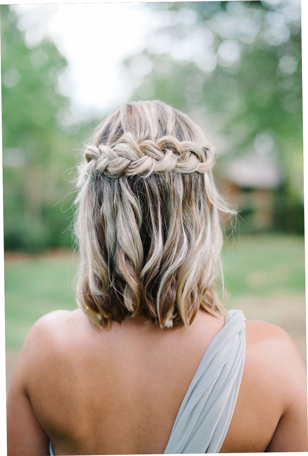 Simple Wedding Hairstyles For Short Hair Short Hair Styles Hair Styles Medium Length Hair Styles