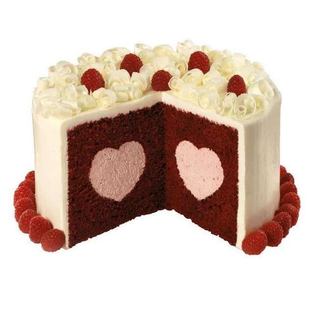 Surprising Sweetheart Cakes Kage