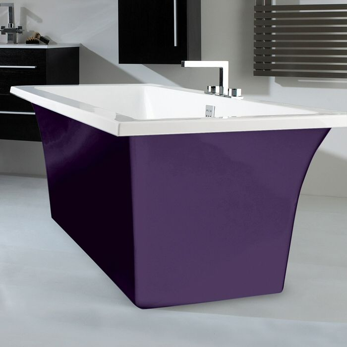 This bath reminds us of a certain chocolate bar by Cadbury's. #bathroombeauties