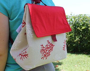 Zaino di stoffa trasformabile in borsa
