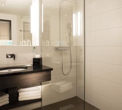 Badezimmer Frankfurt #LavaHot Http://ift.tt/2Ep3lC8   Haus Design Gallerie    Pinterest   Haus