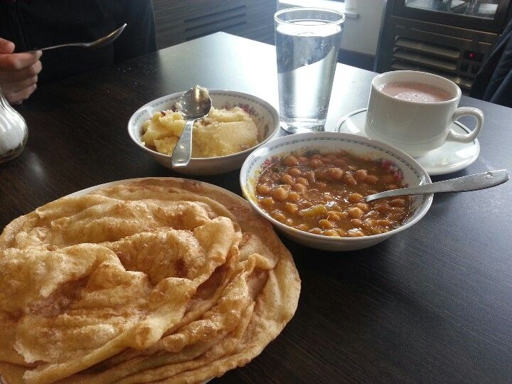 Desi Breakfastchana Puri With Soji And Proper Kashmiri