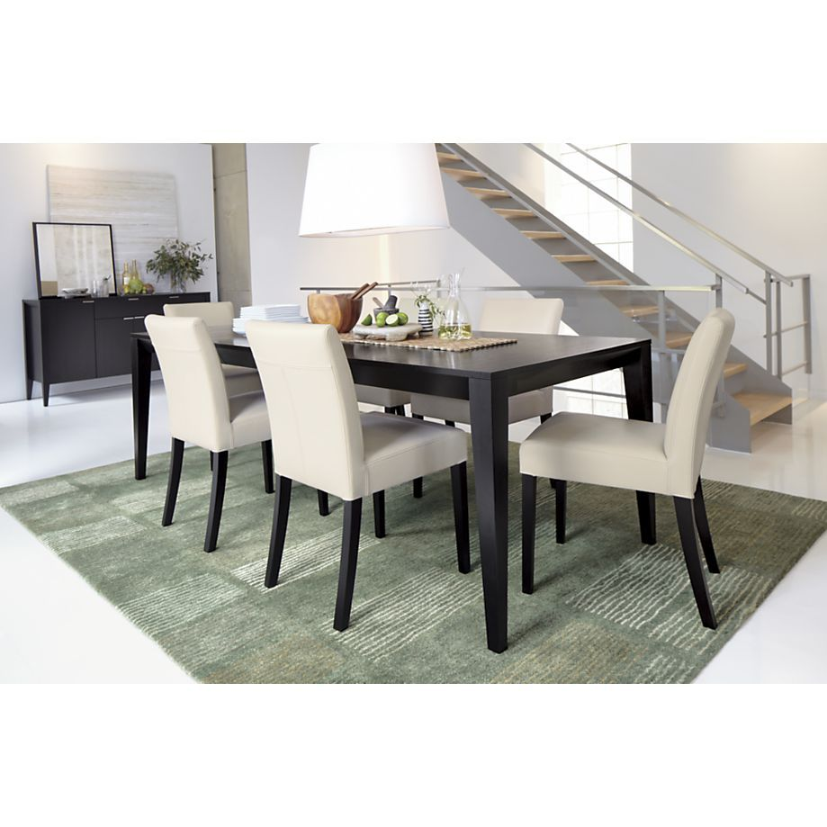 Triad extension dining table in dining tables crate and for Quiero ver comedores