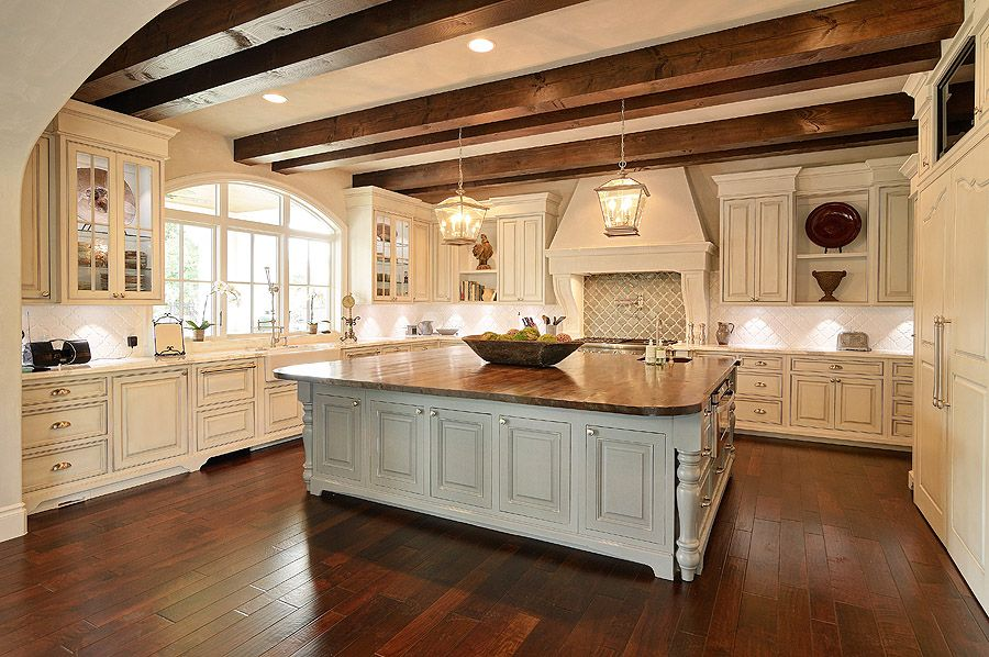 Custom Home Builders, New Home Construction, Austin, Lakeway, Central Texas.  Lake