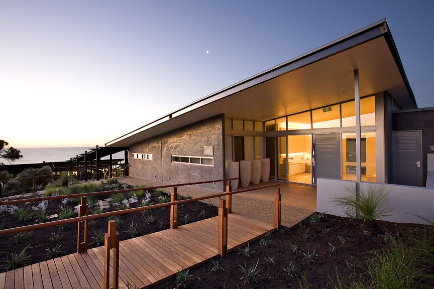 Injidup Spa Retreat Is A Small Luxury Resort In Western Australia With Great Spa In Proximity To Surf Luxury Resort Spa Retreat Beach Vacation Spots