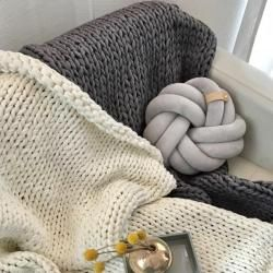 Photo of Chunky Knit Kuscheldecke Juna 130x180cm, veganDesiary.de