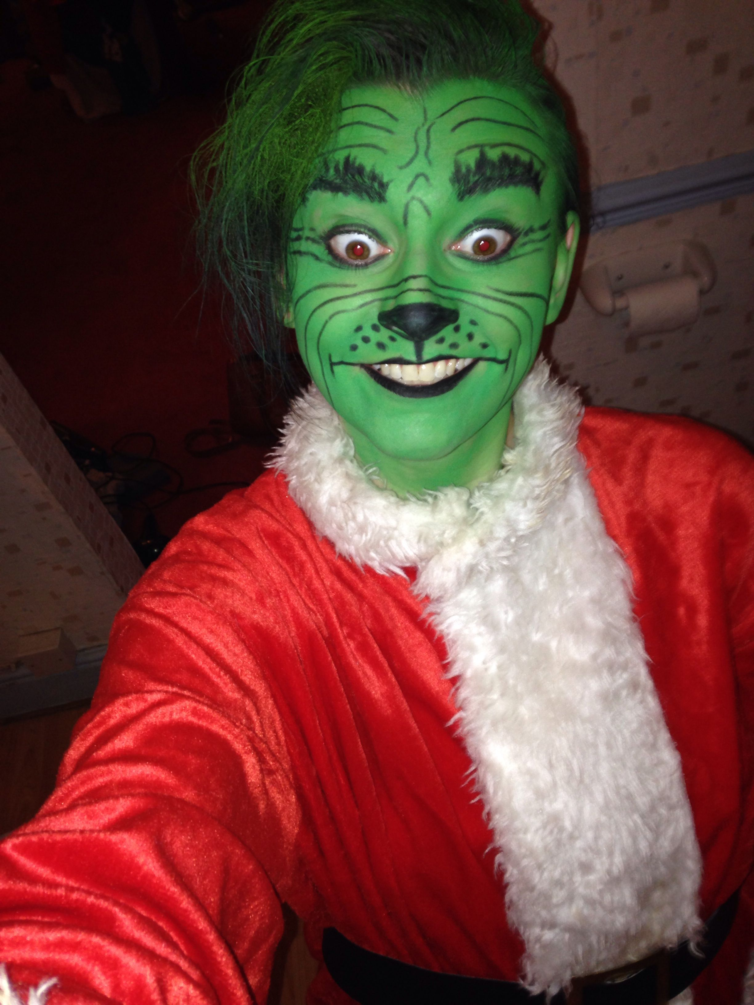How to make your own grinch costume - The Grinch Costume