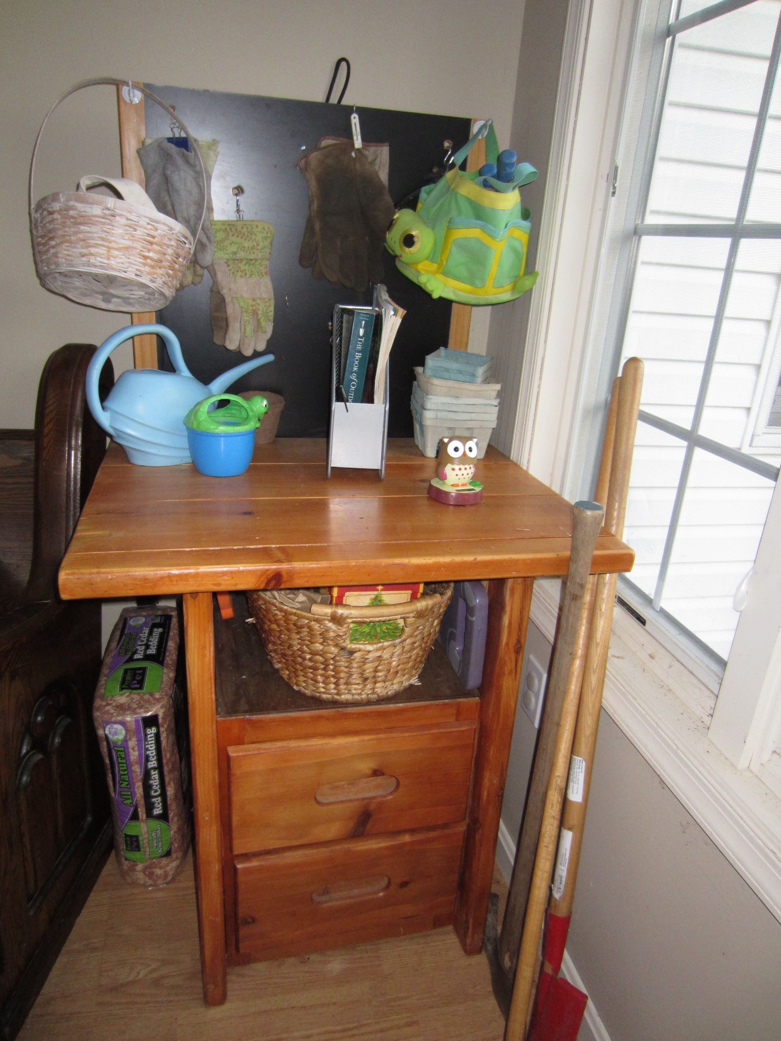 Potting bench from a broken crate style