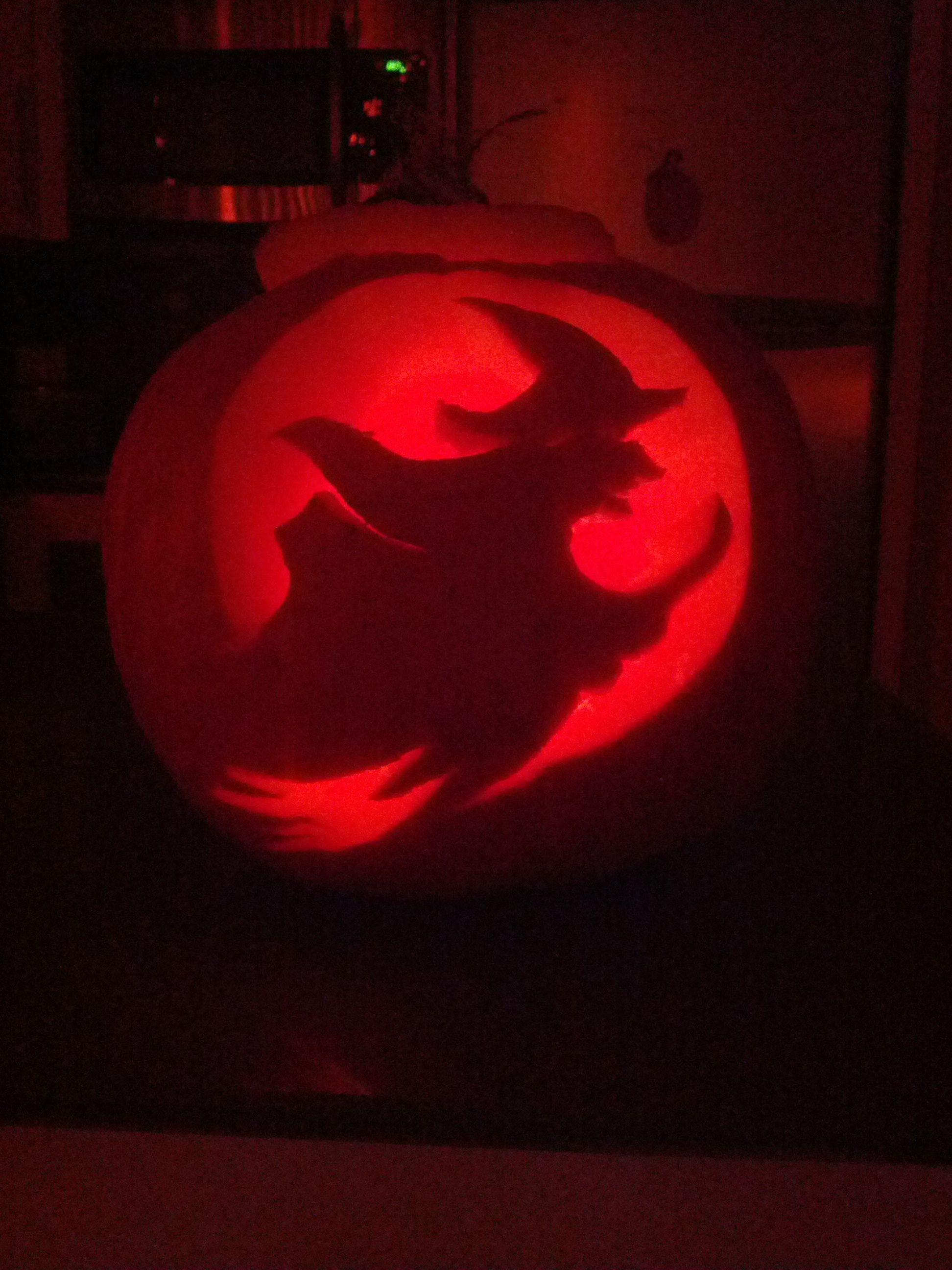 Hand carved jack-o-lantern 2012