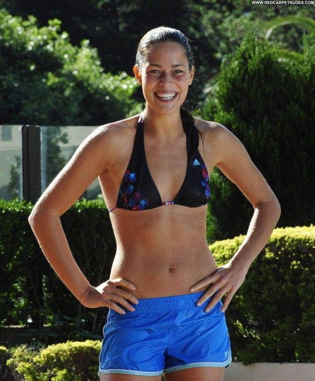 ana-ivanovic-nude-naked