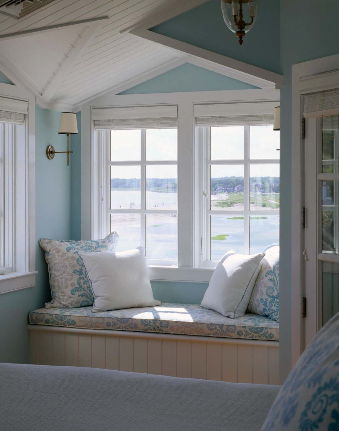 44 Window nooks framing spectacular views   Window, Reading nooks ...