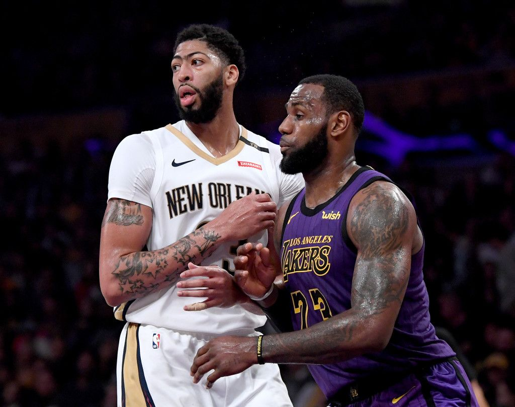 Former Nba Exec Breaks Down Exactly What The Los Angeles Lakers Should Trade For Anthony Davis Anthony Davis Nba Rumors Lebron James