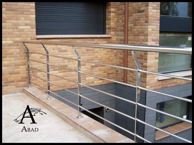 Las barandillas de hierro o de forja son un sistema de - Barandilla terraza ...