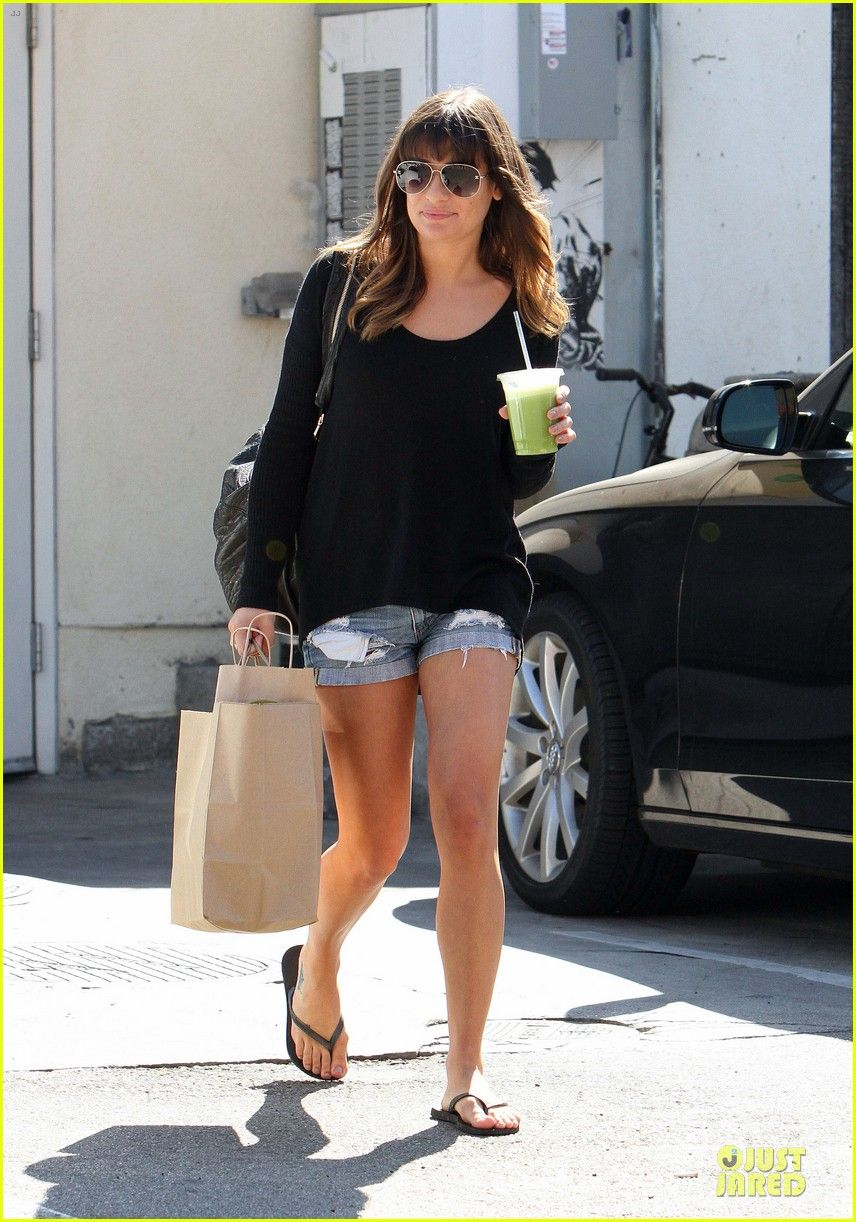 Name:  lea-michele-being-the-face-of-loreal-paris-amazing-01.jpg Views: 3255 Size:  253.9 KB