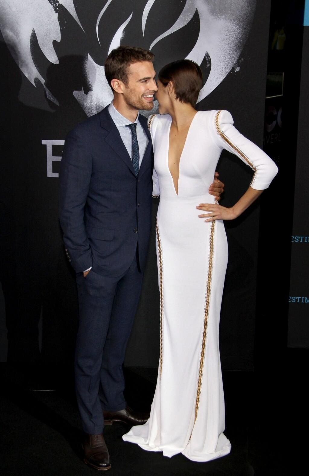 Now Shailene is doing the famous Theo-talk-over-the-shoulder-literally-touching-cheek-to-cheek thing