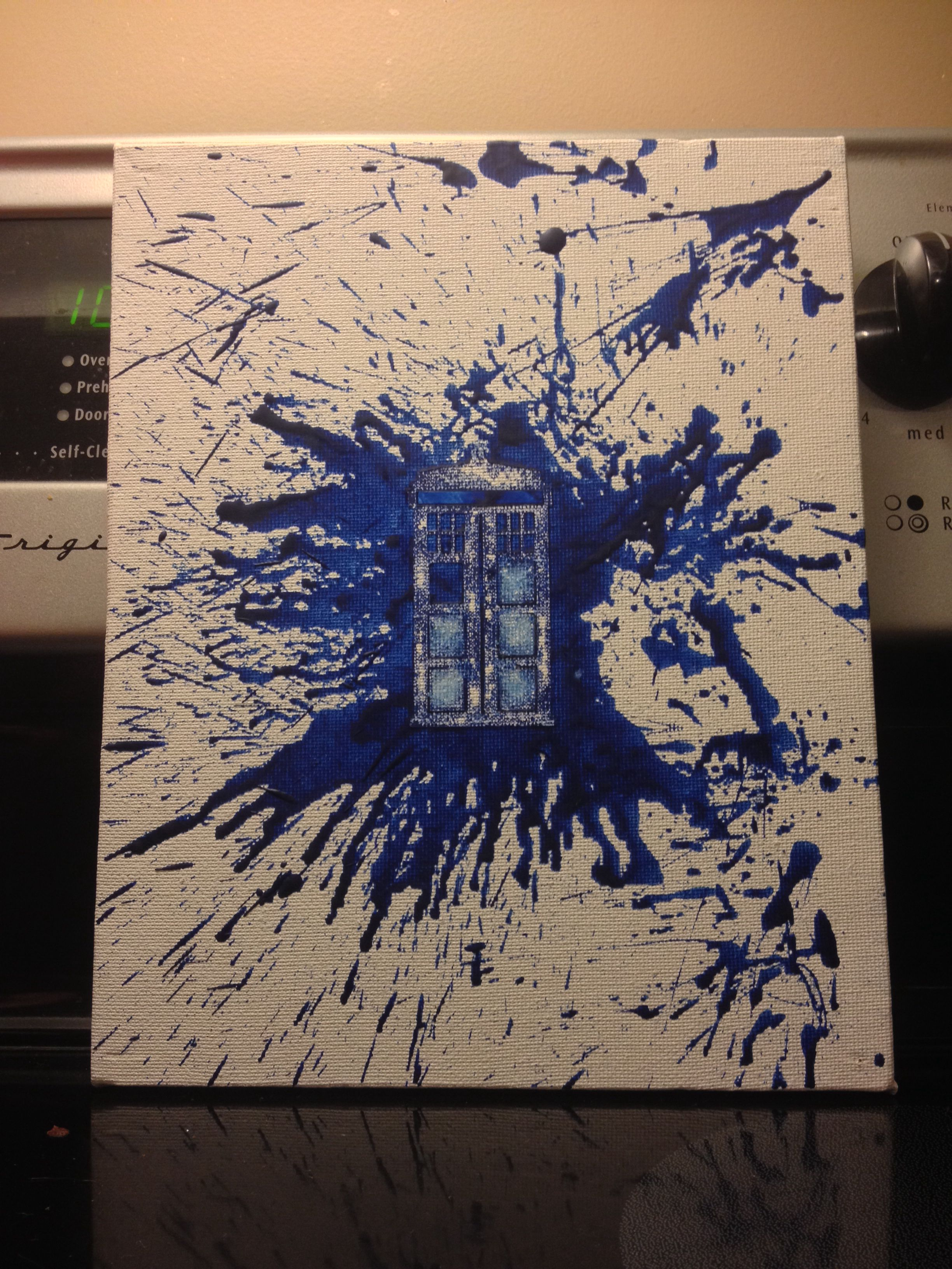 made this tardis doctor who crayon art on a canvas just get a vinyl decal stick it on your. Black Bedroom Furniture Sets. Home Design Ideas