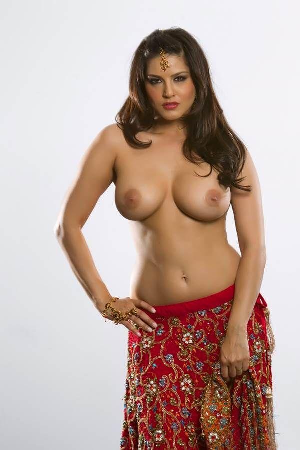 Big breast nude image-4674