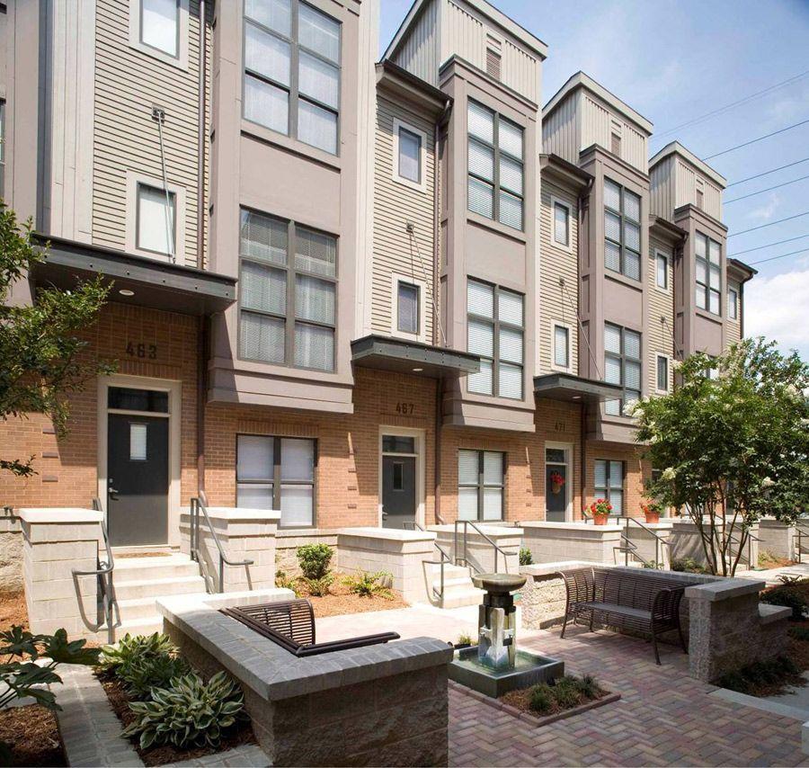 M Street Apartments: Modern Townhouse