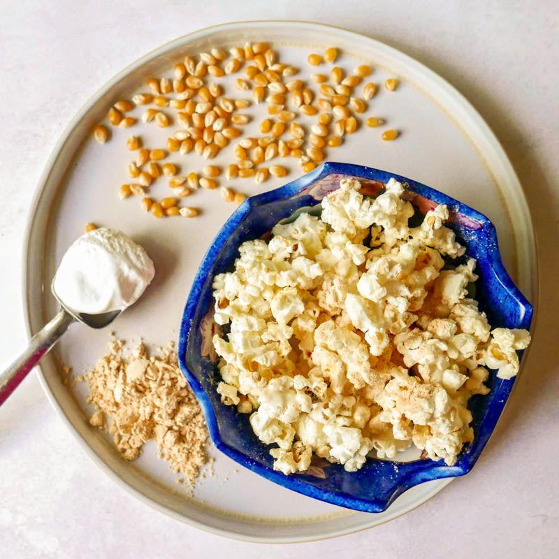 Sweet peanut butter popcorn | Recipes | WW USA