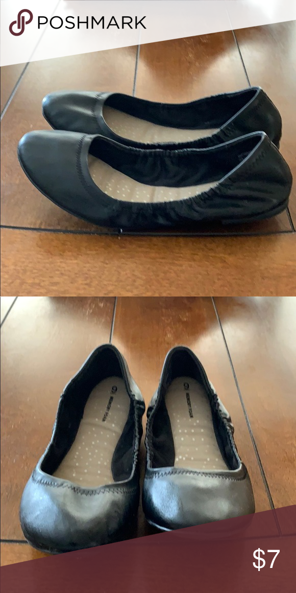 f7a12b3a24378 Women's memory foam sz 9 shoe Almost new Time and Tru memory foam flat. Sz  9 Time and Tru Shoes Flats & Loafers