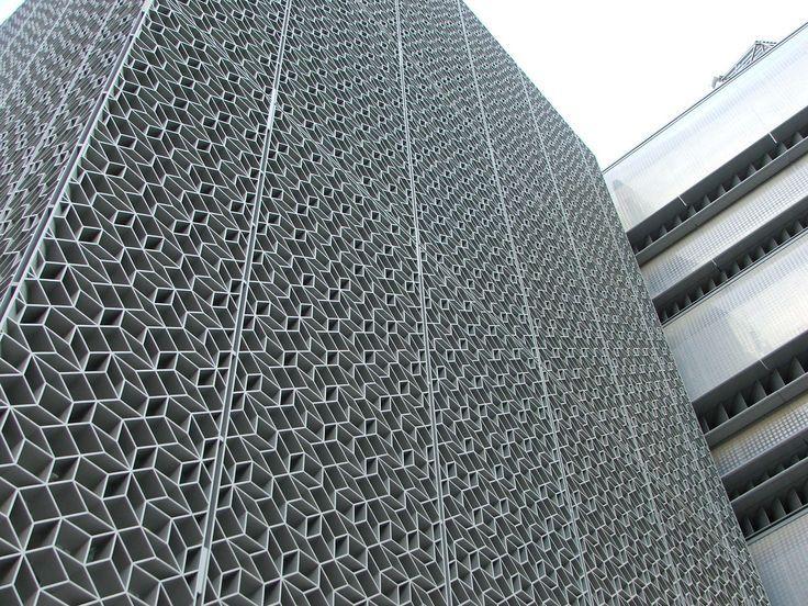 「パンチングメタル 案例」の画像検索結果 板橋 パンチングメタル、ファサード、建築