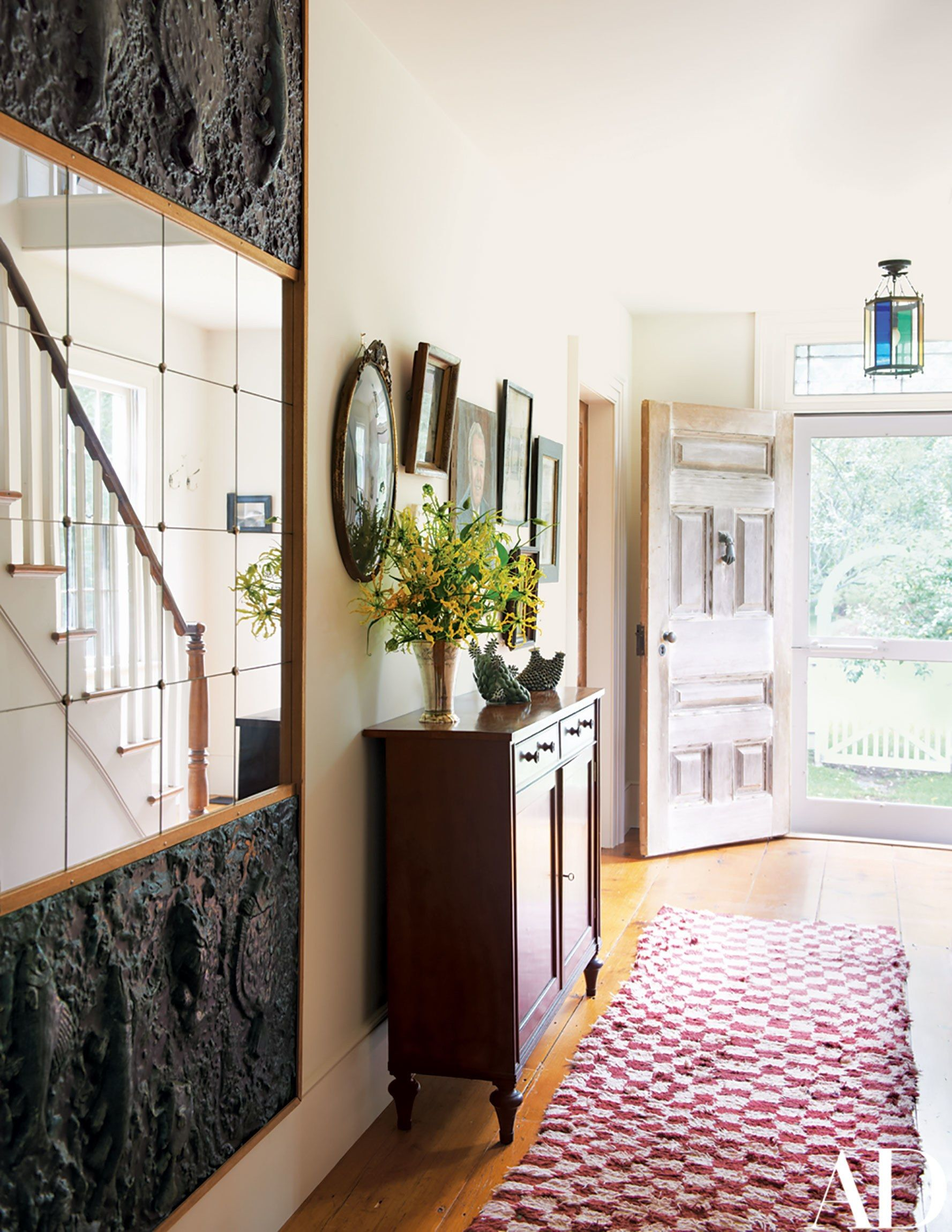 Look Inside Artist Cindy Shermans Eccentric Country Home In The