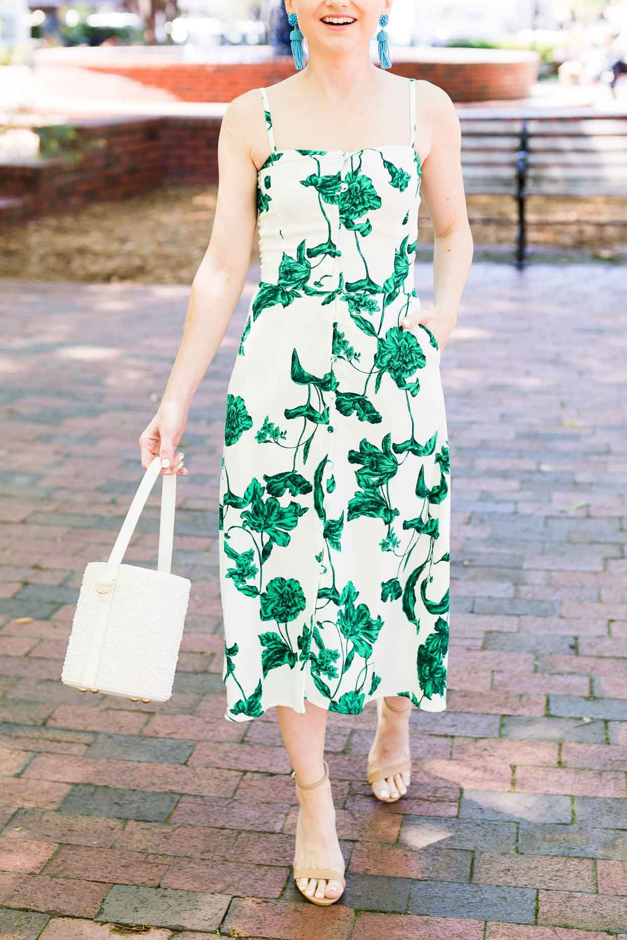 Turquoise Earrings And A Green Floral Print Dress Poor Little It Girl Fashion Green Floral Print Dress Summer Outfits Women [ 1860 x 1240 Pixel ]