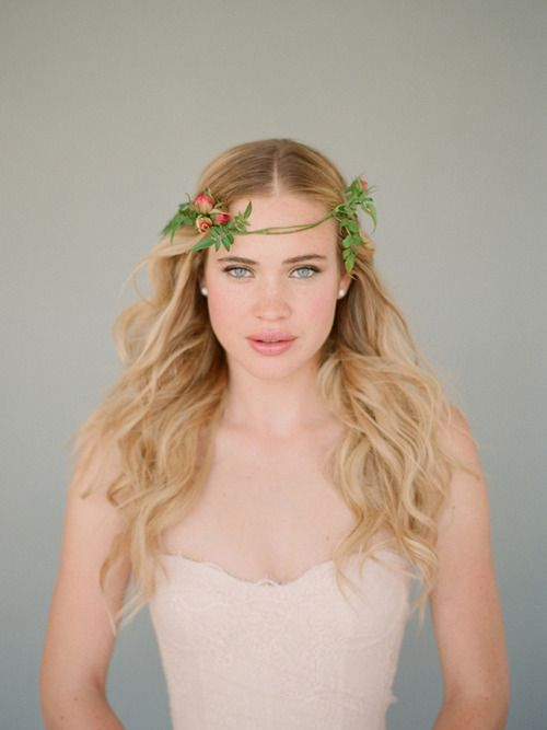 Delicate floral crown. Photo by Elizabeth Messina
