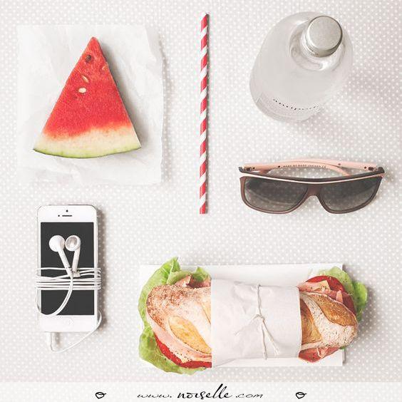Saturday essentials! #noiselle #comfort on #highheels #saturday #lunchtime #sun #weekend