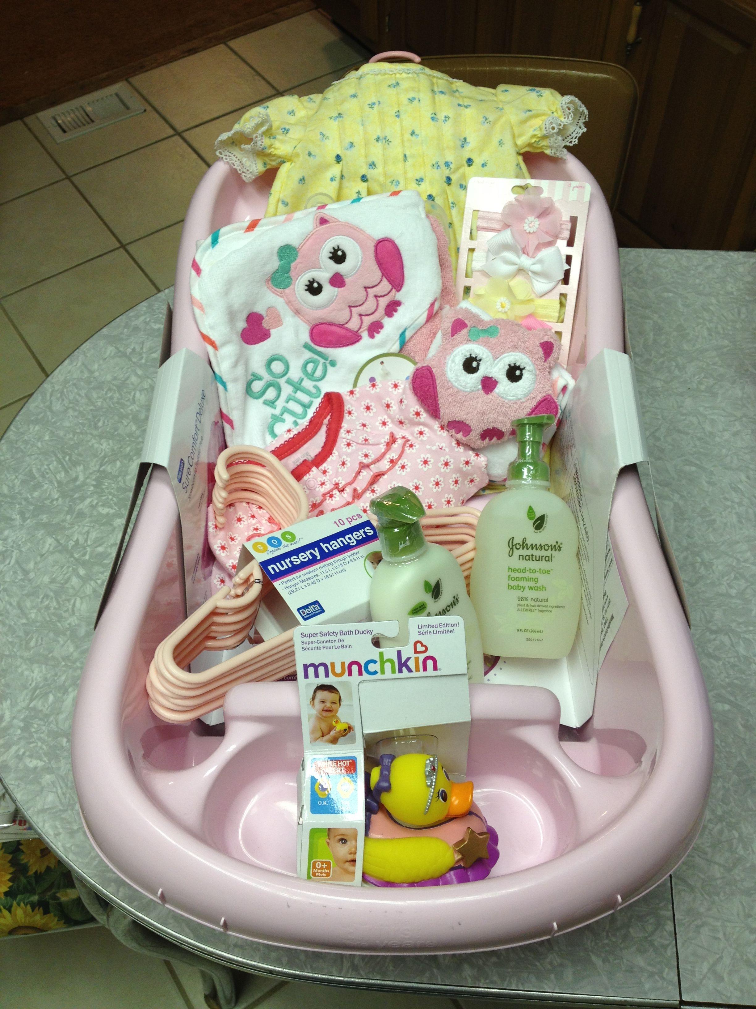 Baby girl bathtub gift basket babyparty geschenkkorb