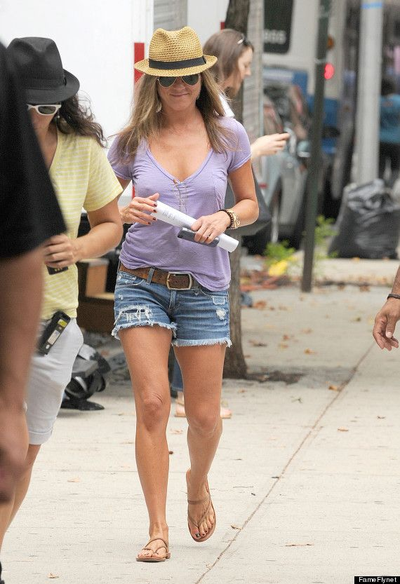 PHOTO: Jennifer Aniston Is The Picture Of Summer | Distressed ...