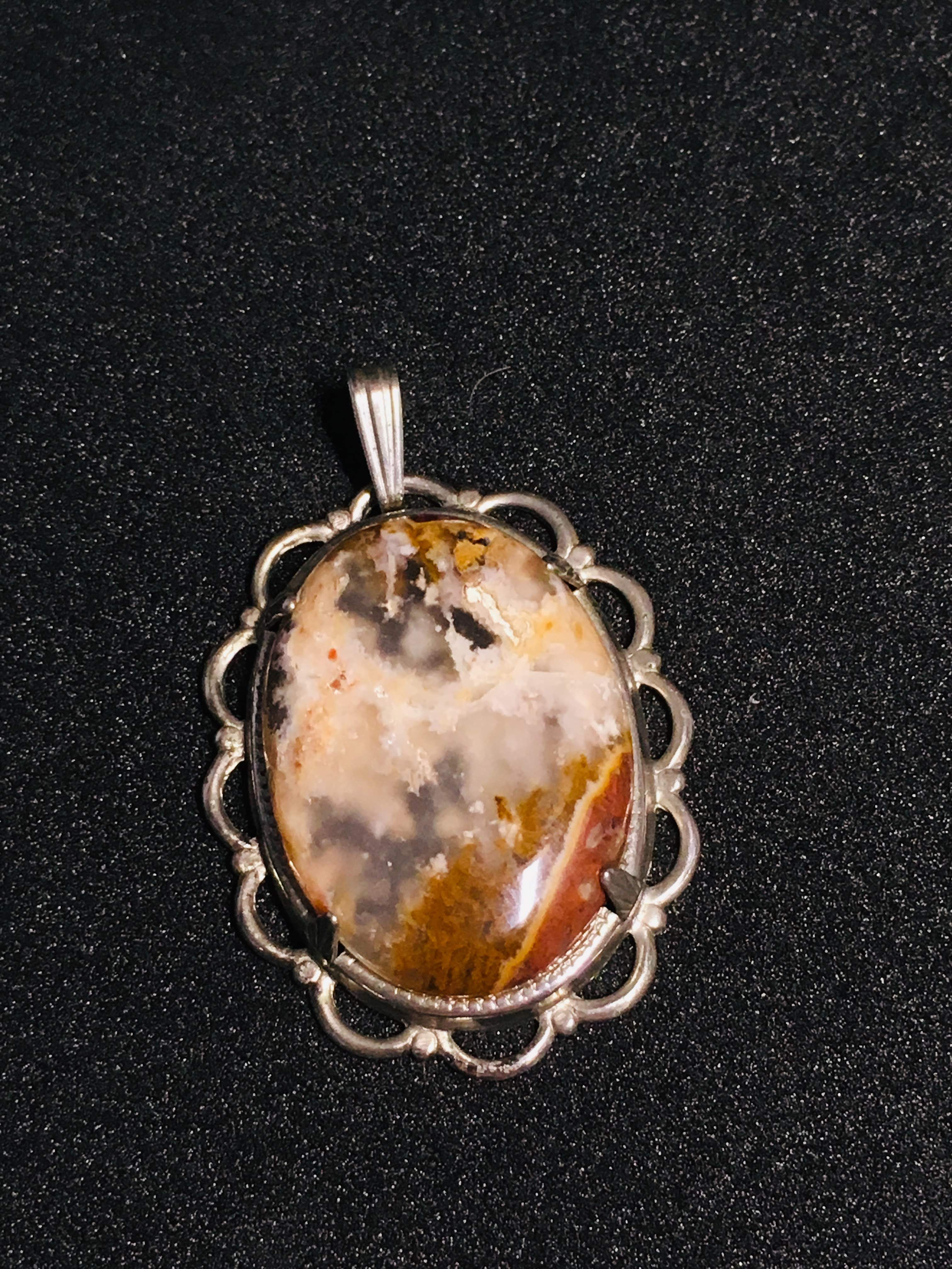 Brown Moss Agate Set In Silver Surround 1370 Crystal Pendant Pendants Moss Agate