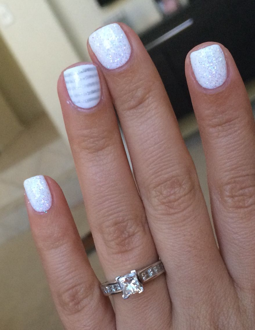 White color nail art - Very Pretty Mani White Glitter