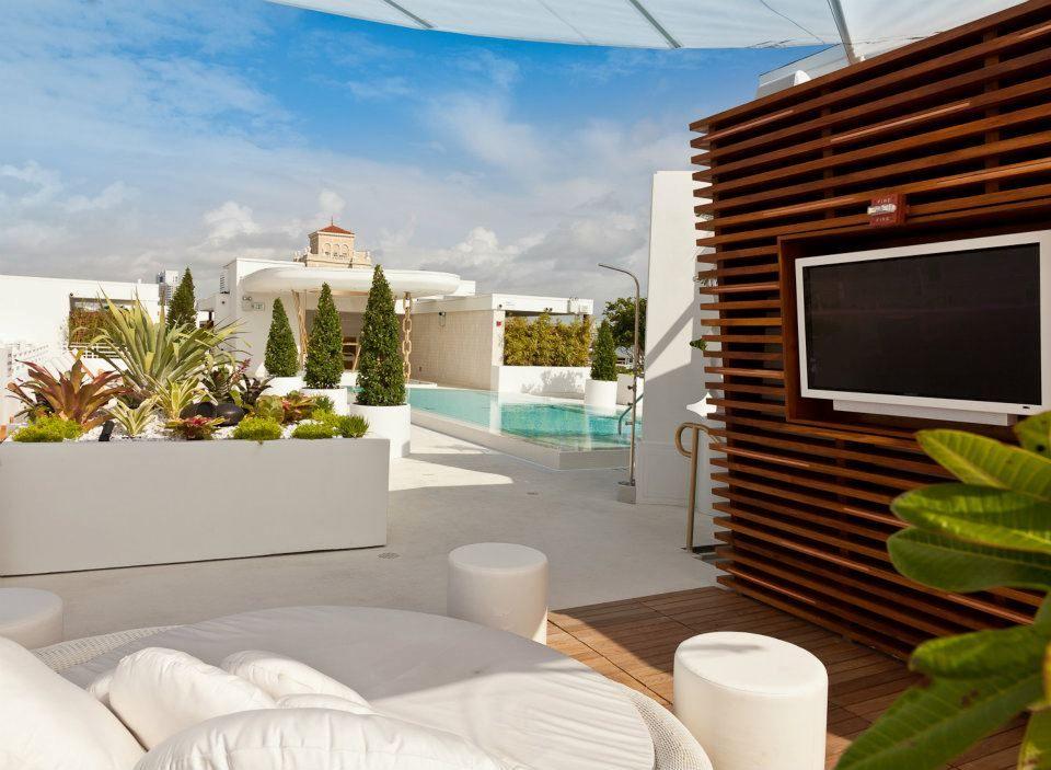 Highbar Cabana Dream South Beach Rooftop Lounge