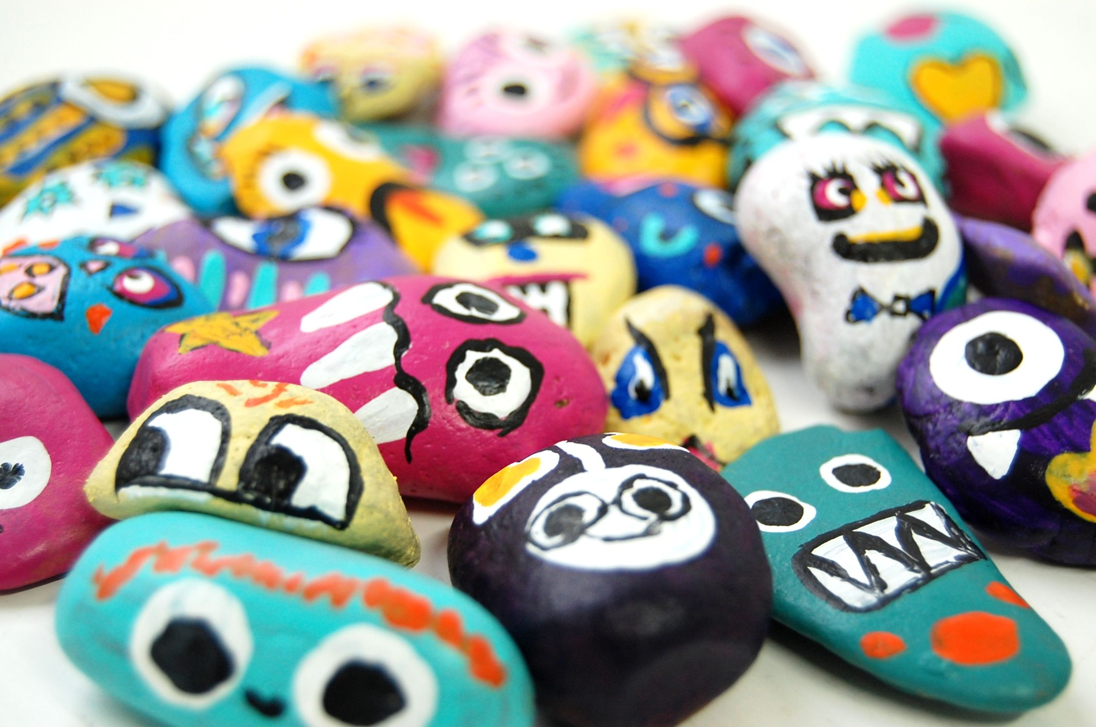Flat pebbles for crafts - Craft Business Pebbles