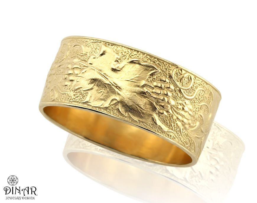 The Grapevine A wide 14k Gold ancient style wedding