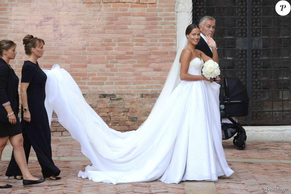 Pin Auf Beautiful Weddings Wedding Photographs